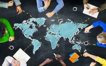 外国人を雇用する際のチェックリスト